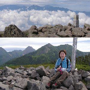 編笠山山頂より、上は南アルプス、下は八ヶ岳の嶺々