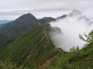 権現岳より、左から阿弥陀岳、硫黄岳、横岳、赤岳